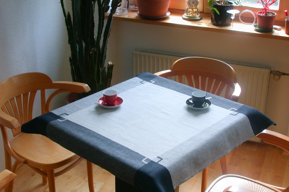 Heimtextil-Tischwäsche